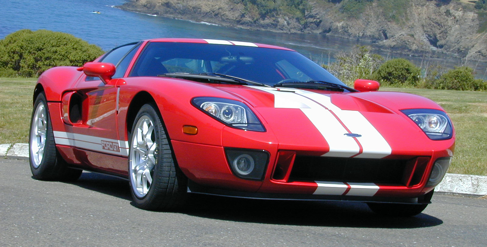 2005 Ford GT Front