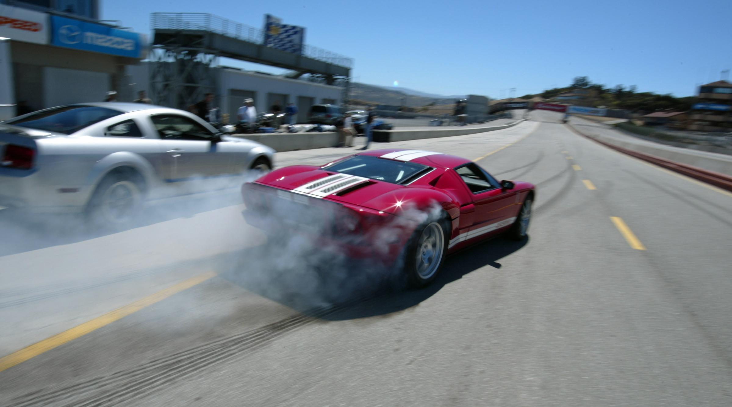 Ford Gt Laguna Seca Red Burnout