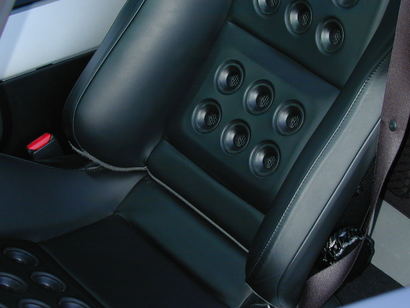 2005 Ford GT Seat