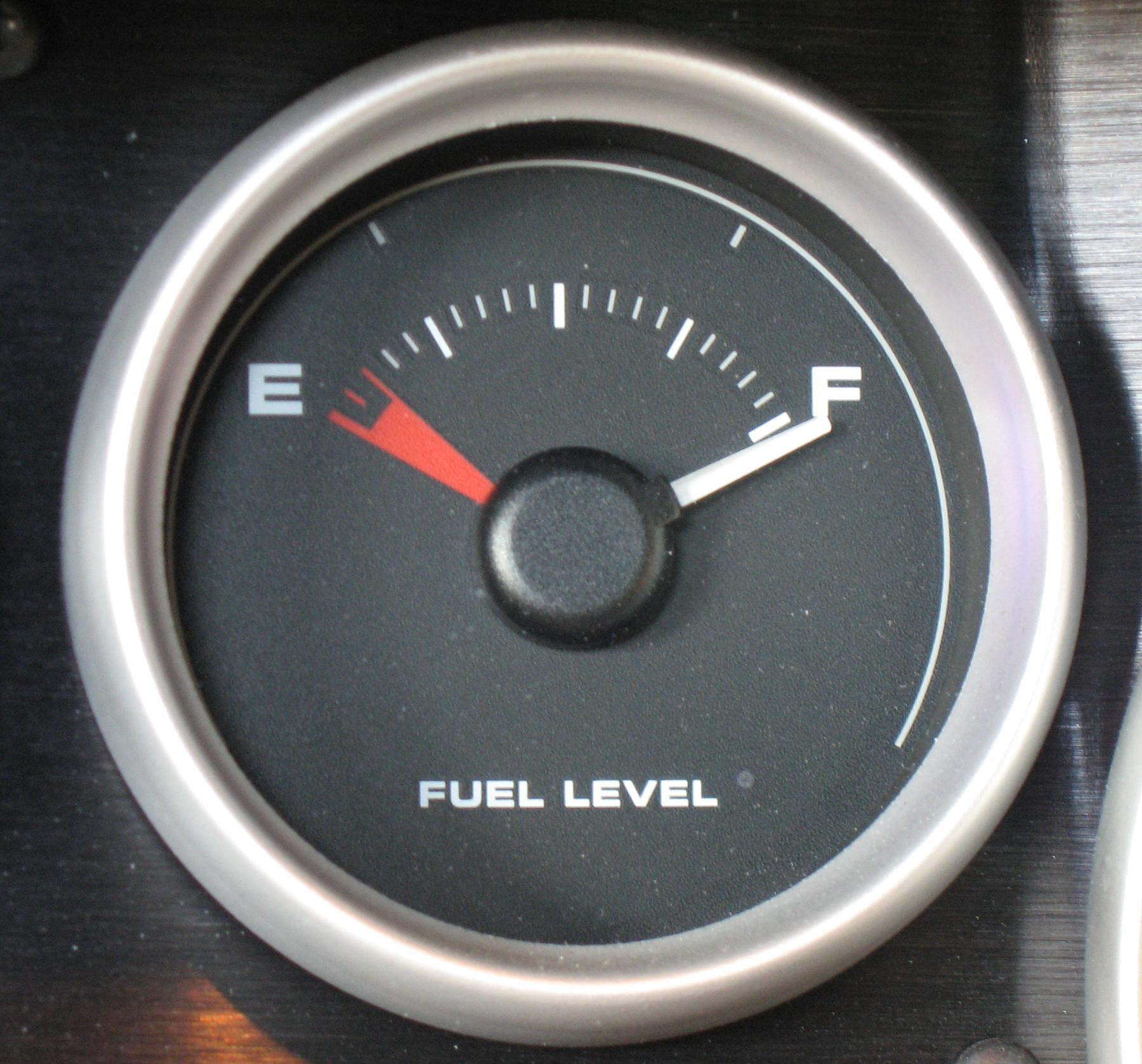 2005 Ford GT Long Term Fuel Gauge