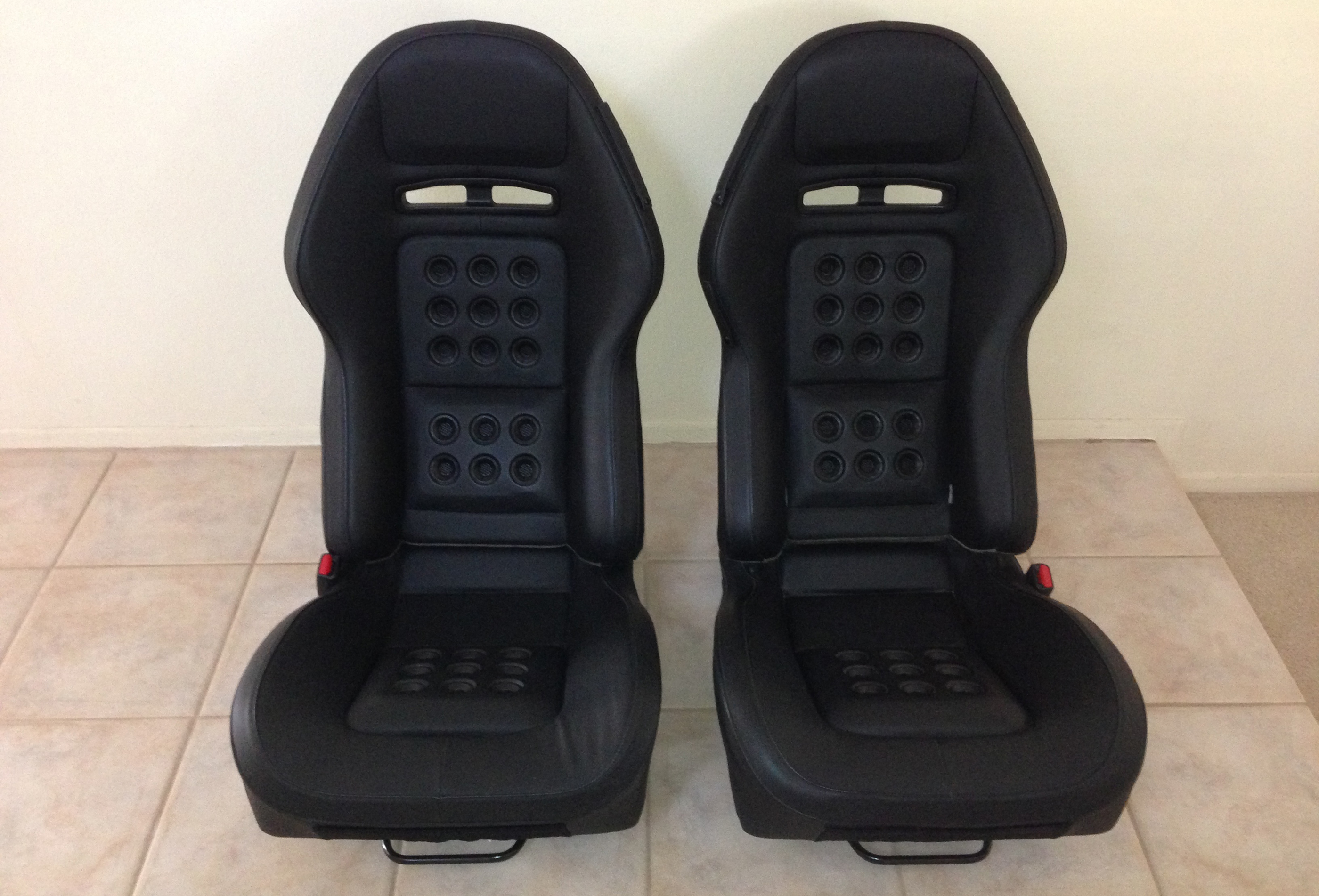 2005 Ford GT Long Term Parts Seats