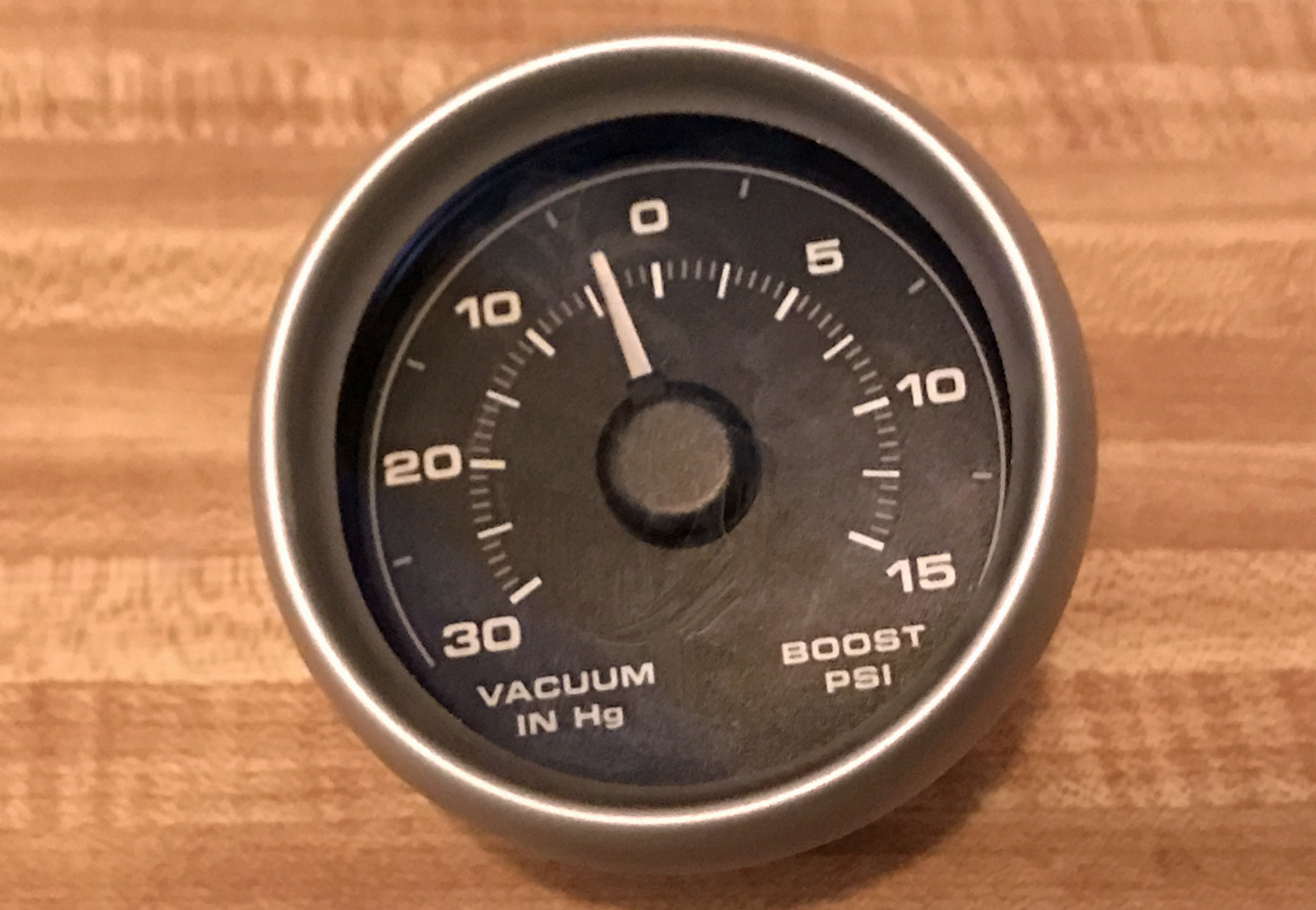 2005 Ford GT Long Term Vacuum Gauge