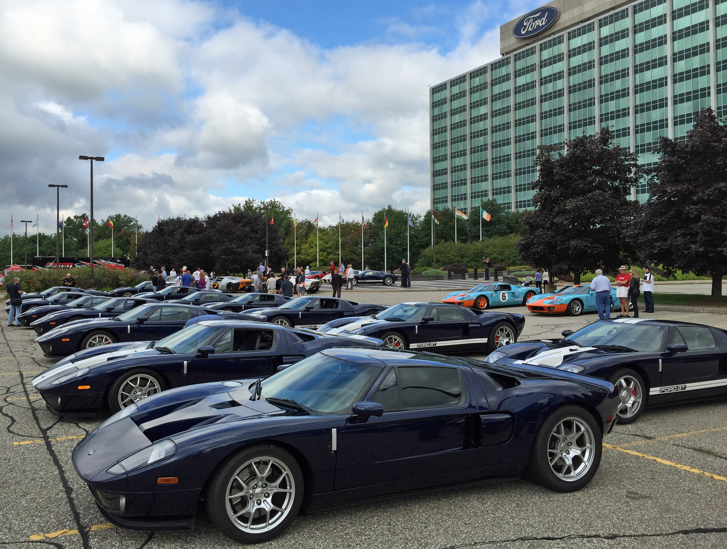 Ford GT Owners Rally 10 Midnight Blue