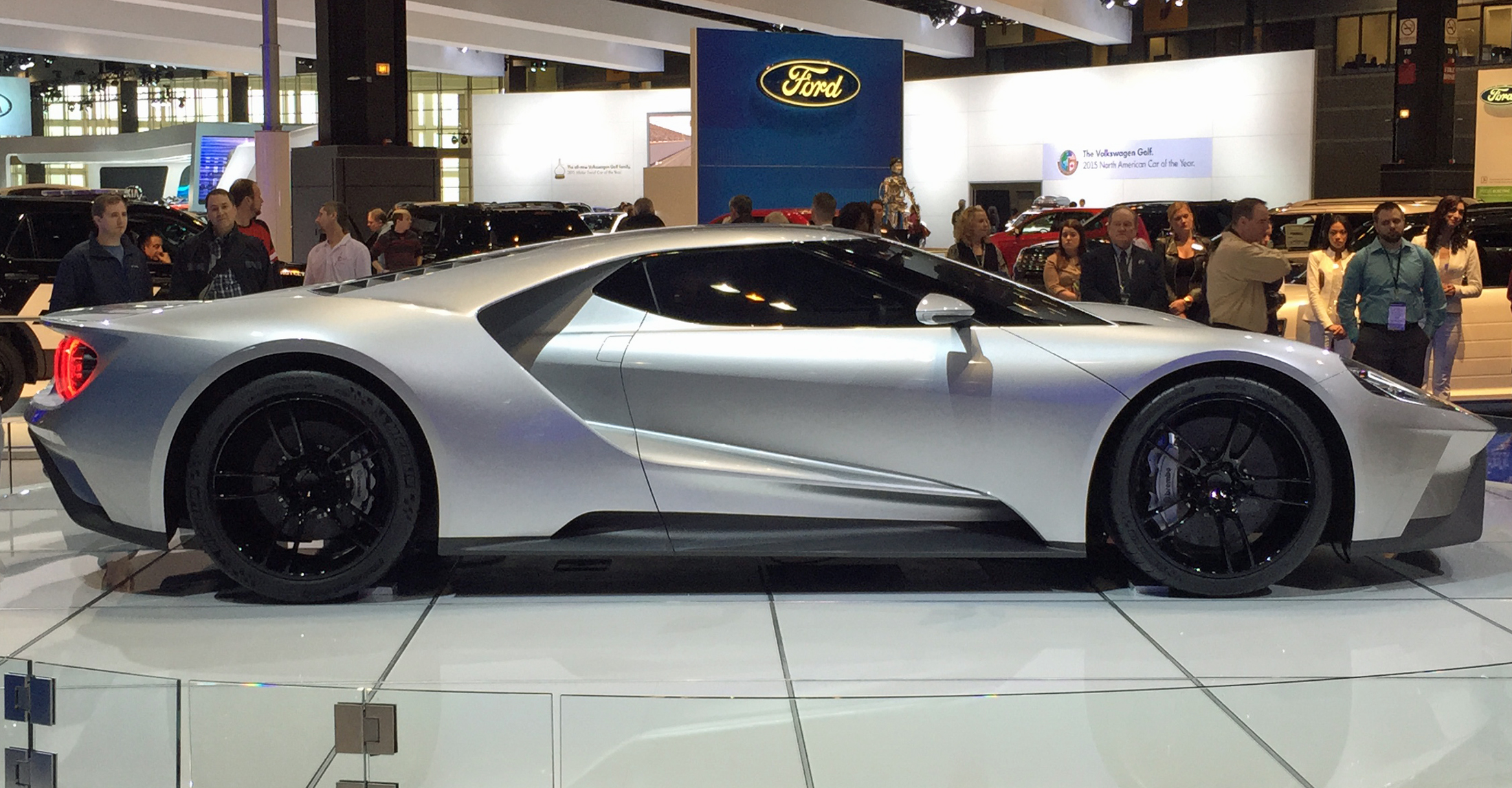 New Ford GT Chicago Auto Show Profile