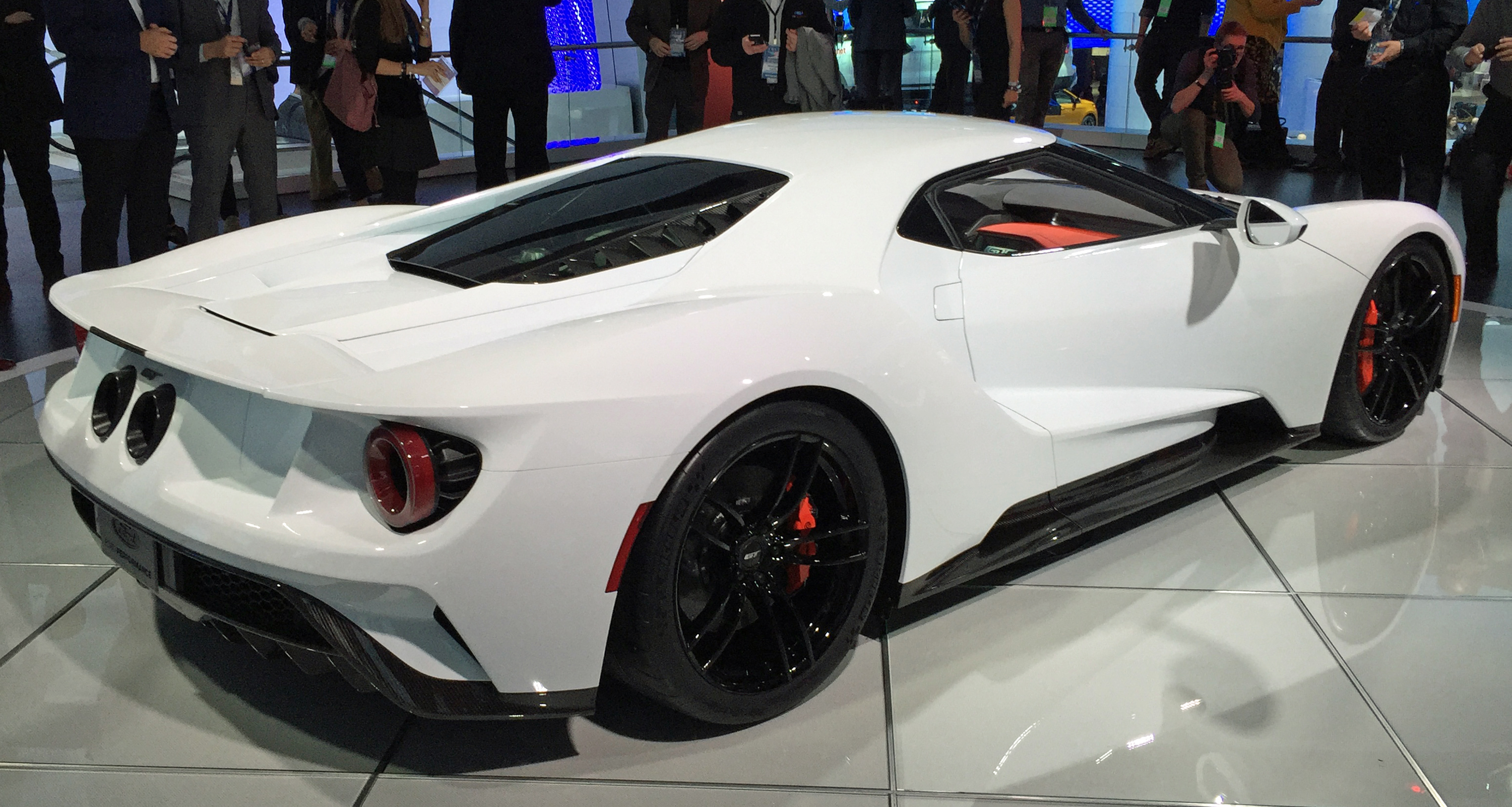 2017 Ford GT White Detroit Auto Show Rear