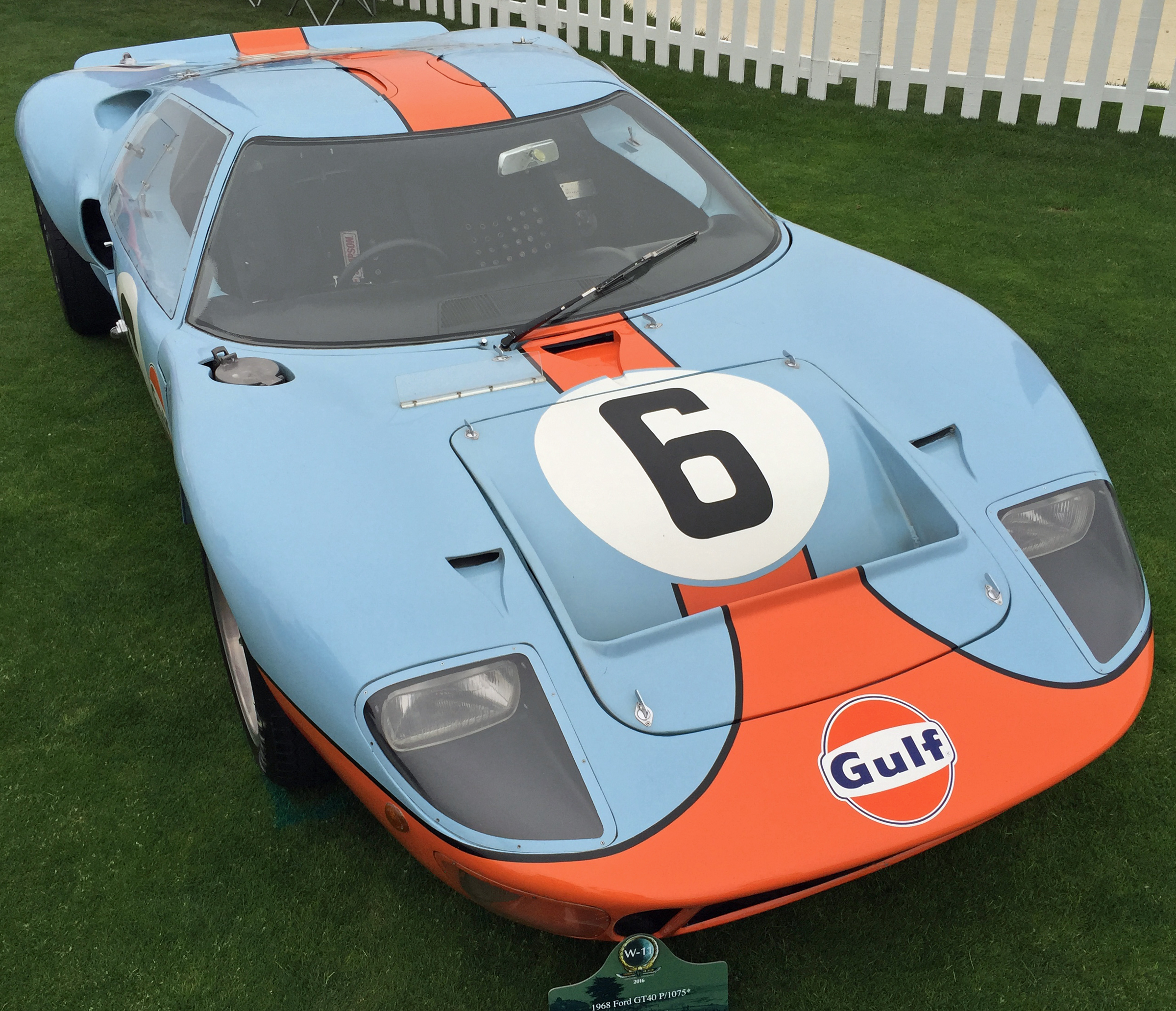 Ford GT40 Pebble Beach Gulf 6
