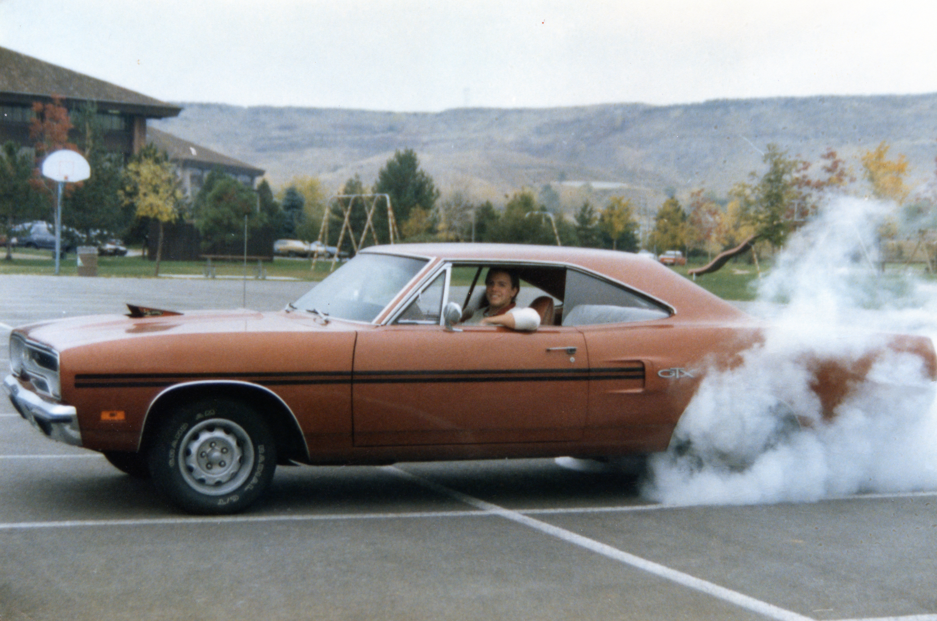 1970 Plymouth GTX High School Burnout