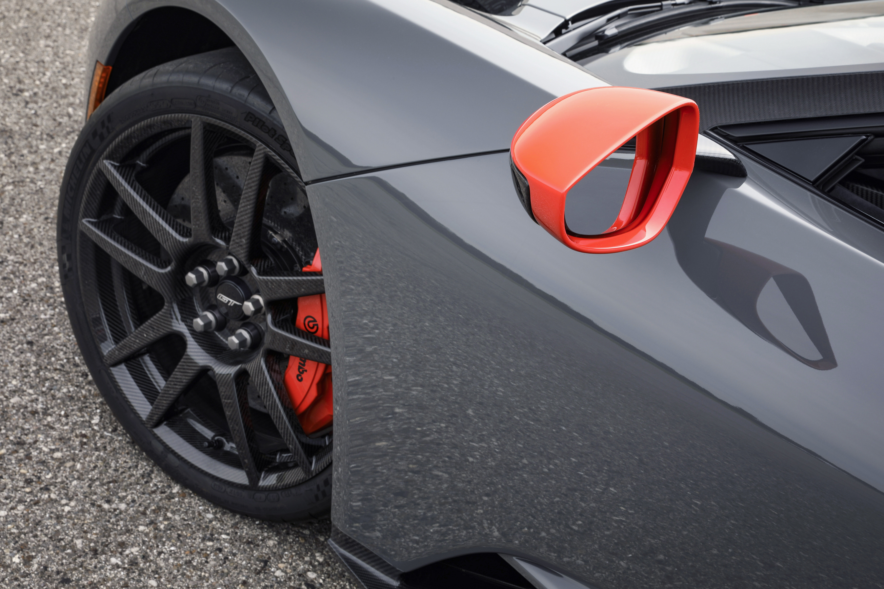 Ford GT Carbon Series Leadfoot Mirror Cap