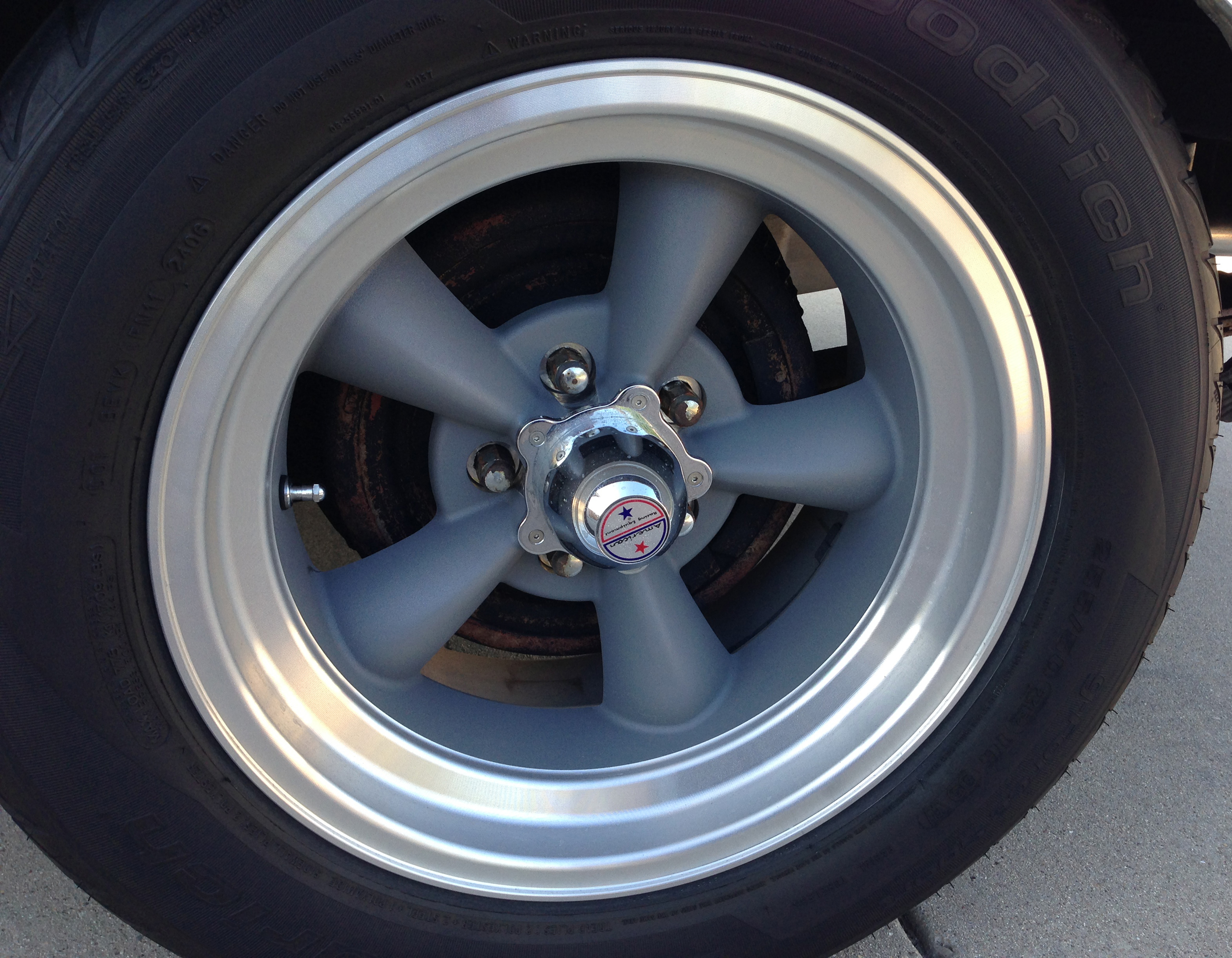 1970 Dodge Challenger RT Tire